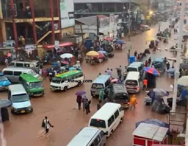 Photos: Kejetia market floods following heavy rains. 53