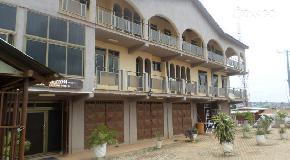 Celona Hotel