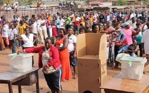 Voters Queue To Cast Ballot32123JPG