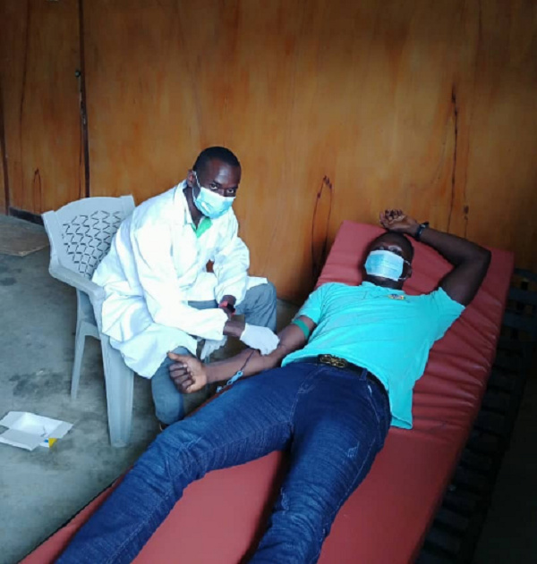 Photo of doctor attending to a donor
