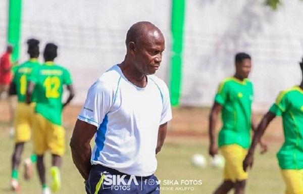 You spoke like a drunkard – Aduana Stars coach fired for insulting Maxwell Konadu