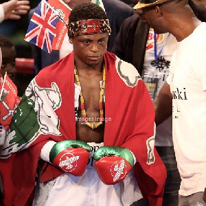 Isaac Dogboe defeated Hidenori Otake in a first round TKO to defend his WBO title