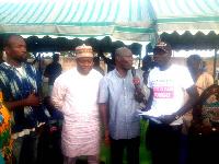 Hon. Vanderpuiye commending Hon. Jajah for the initiative