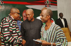 Former prez Mahama in chat with NDC Chairman Ofosu-Ampofo (left) and Asiedu Nketia (right)