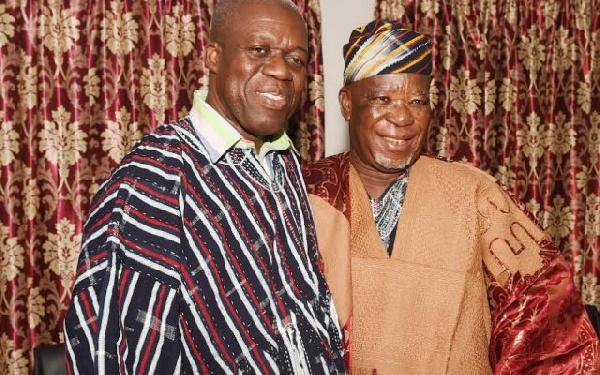 Buipewura Abdulai Jinapor II with Vice President Amissah-Arthur