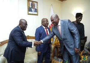 Akufo Addo Mahama Handshake