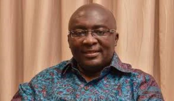 Ghanaians will mark your work on December 7 – Mahama to Bawumia