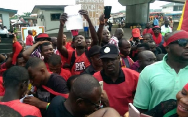 Alliance for Responsible Citizens planned to demonstrate against  the sanction on 131 radio station