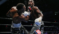 Robert Easter gives Commey an upper cut during their first encounter