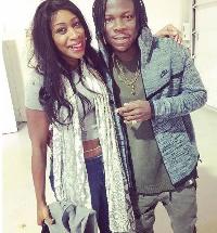 Nigerian born UK singer Waliyah (L) and Ghanaian singer Stonebwoy (R).