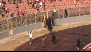 The fans reportedly pelted policemen on duty with stones and damaged police vehicles