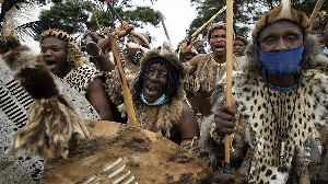 A colourful procession accompanied the body of the Zulu King