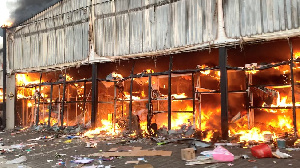 Pipo bin looting and burning malls because of arrest of former presido Zuma
