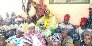 Paramount Chief of the Bole Traditional Area Bolewura Safo Kutuge Feso (I) with his subjects