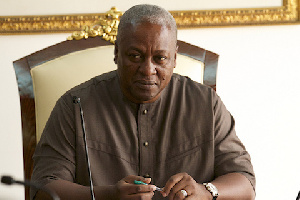 John Mahama Pen