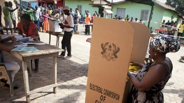 Persons who take pictures of their ballot papers after voting must be jailed – EC
