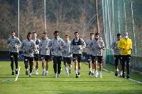 Joseph Aidoo training with his teammates