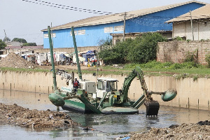 Odaw river being dredged
