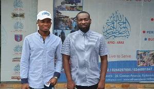Kofi Kinaata (L), with Alhaji Salamu Amadu (R)