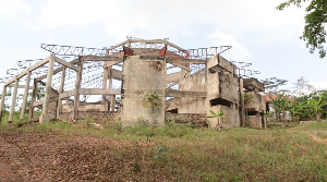 The building has remained uncompleted several years after its construction