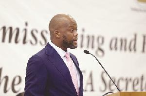 Dr Hermogene Nsengimana