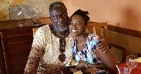 Late Ebony Reigns with father
