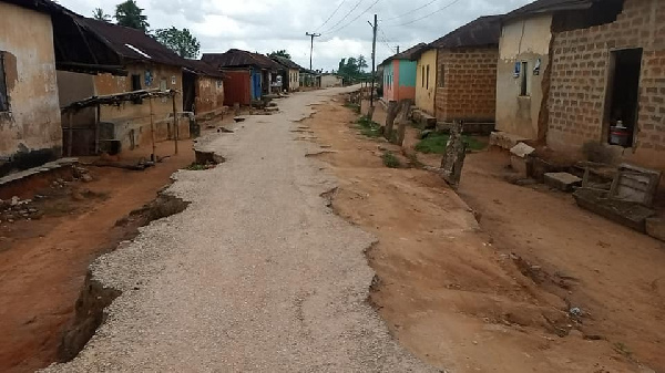 We'll vote against Akufo-Addo because of poor roads - Chief, residents of Hasowodze 2