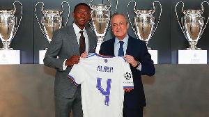 An bai wa Alaba lambar Ramos a Real Madrid