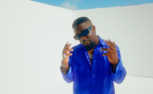 Sarkodie Happy Day 78.png
