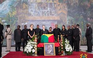 Kofi Annan Bury