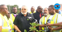 Former President Rawlings planting a tree in commemoration of the 40th June 4 uprising anniversary