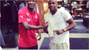 Gyan took the photo with Mayweather in Miami