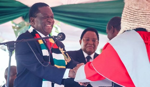 President Mnangagwa greets CJ Malaba after his swearing in in 2018