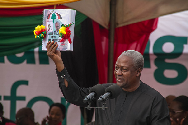 President Mahama launching the  braille version of the 2016 manifesto