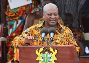 President John Mahama assuring residents of Kumasi of a modern, sophisticated and gargantuan market