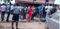 Angry mob besieging a police station