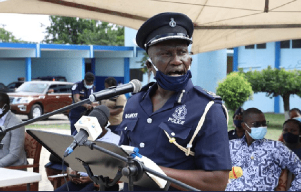 \'Desist from all political activities\' - Police urged