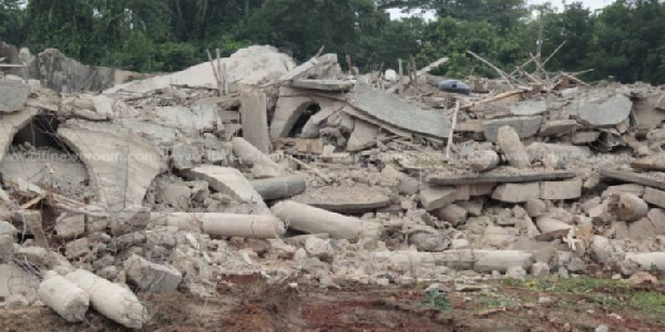 Founder of collapsed church building at Akyem-Batabi granted bail