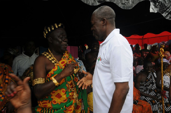Amissah-Arthur greets some chiefs in the Akyem Kotoku traditional area