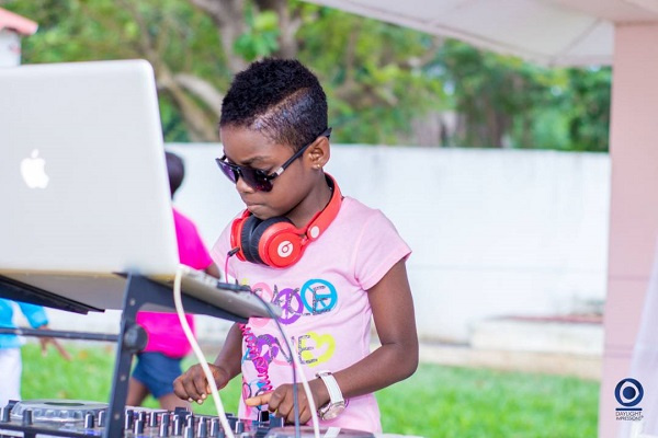 DJ Switch outshines top DJs to win 'Best DJ of the Year'