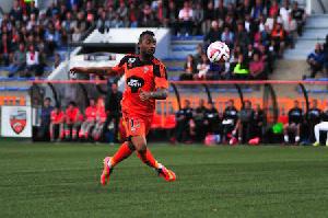 Jordan Ayew Lorient Action