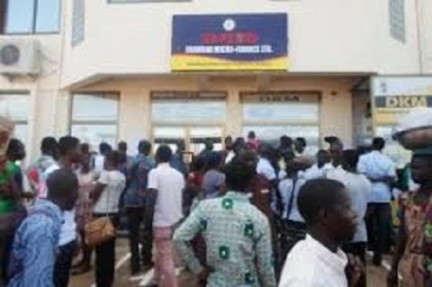 Government  pays DKM customers in Sunyani