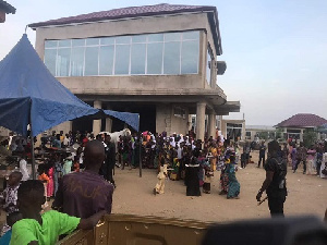 Hundreds of people gathered at Bawku municipality to be fed by the politician