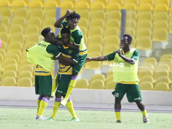 Watch Highlights as Ebusua Dwarfs & Eleven Wonders share spoils in Cape Coast