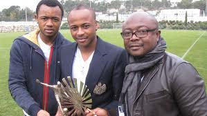 Ghana legend Abedi Ayew with Andre and Jordan