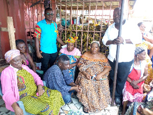 Emanuel Allotey met with Lapaz New Market Traders Association