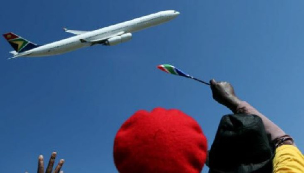 A South African Airways Airbus takes to the skies on Saturday, May 24, 2014. (AP Photo/Themba Hadebe