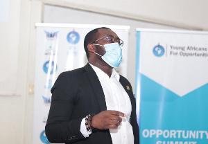 Dr Amos Mensah I1212