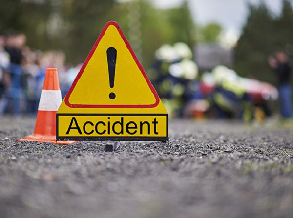5 injured in 2 separate accidents