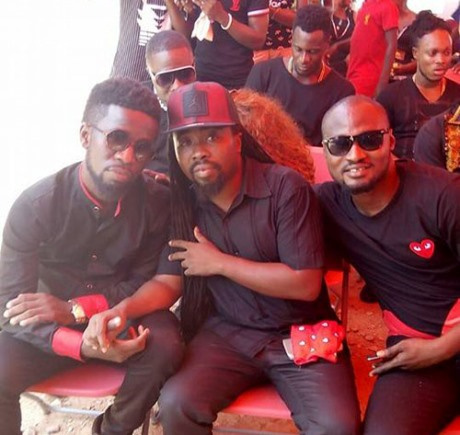 Bisa K'dei, Obrafour and Funny Face at the funeral